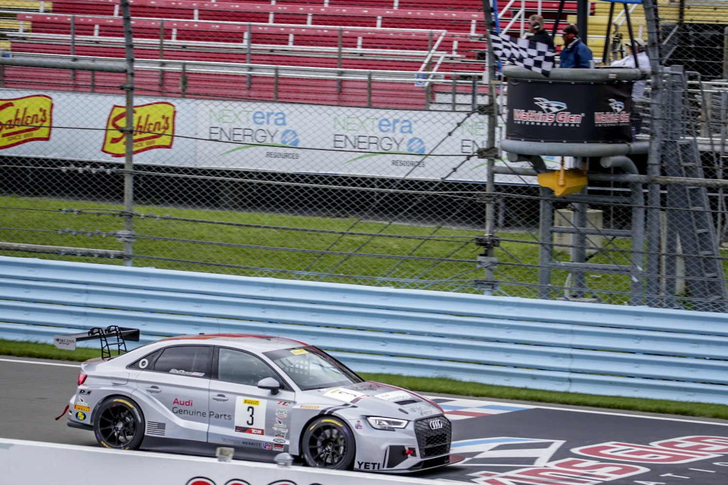 Checkered Flag, Race 2, Watkins Glen World Challenge America, Watkins Glen NY